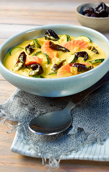 Curried Zucchini and Salmon Soup
